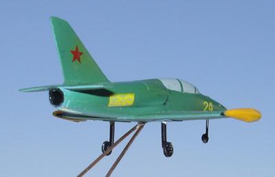 # zhopa023a L-39 Albatros trainer 4
