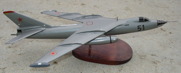 # zhopa036 Ilyushin IL-54 tactical bomber 2