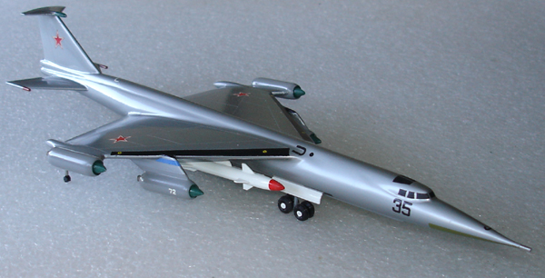 # zhopa035 Myasishchev M-52K with X-22 rocket 5