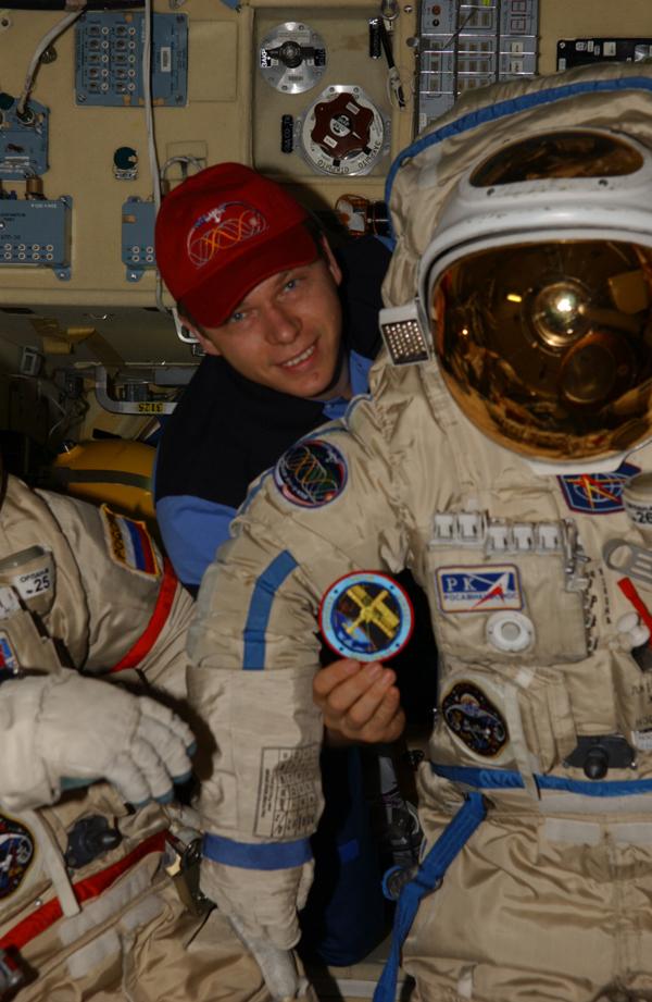# oc098 Soyuz TMA-10 patches 2