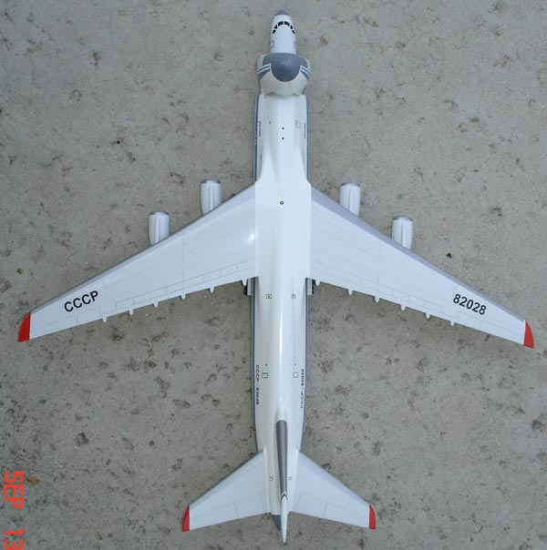 # zhopa039b An-124 with fuselage Tu-204 additional images in details 5