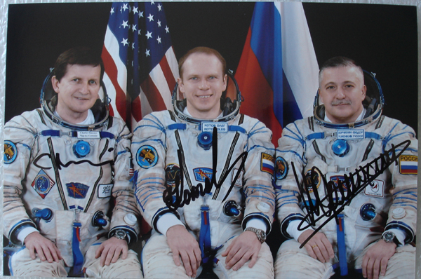 # oc098 Soyuz TMA-10 patches 3