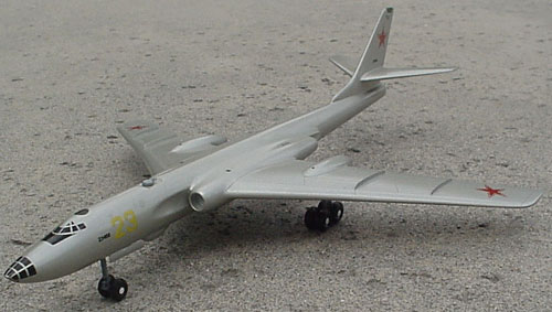# tp160            Tu-16 Badger Tupolev bomber model 4