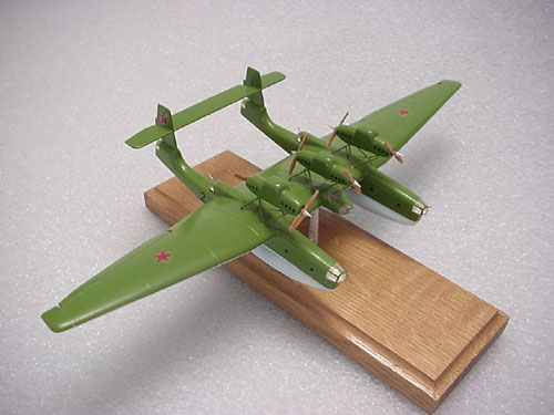 # tp100            ANT-22 twin-hulled flying boat 1/200 scale model 1