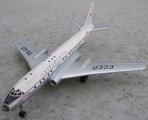 # tp097            Tu-104 old Tupolev model 2
