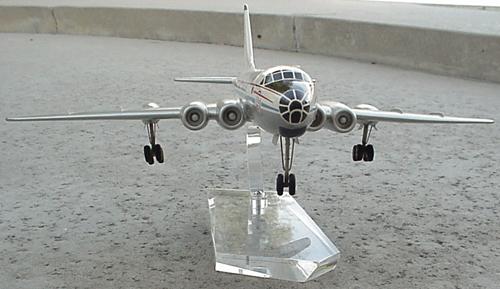 # tp280            Tupolev Tu-110 `Cooker` 3