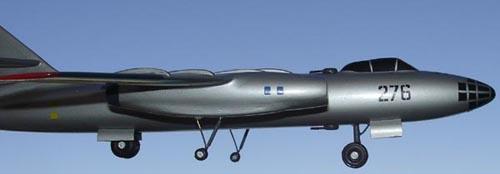# ip083            IL-30 bomber 4