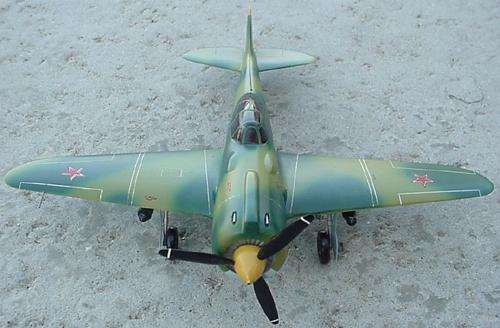 # ww105            Lavochkin LA-7 fighter 3