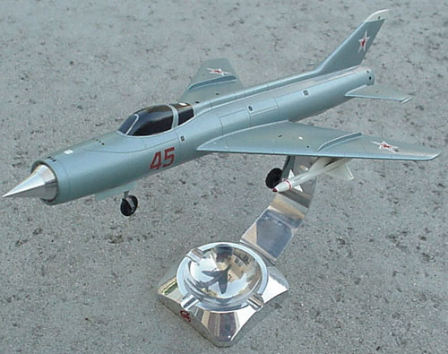 # xp170            Mig I-75 experimental fighter 2