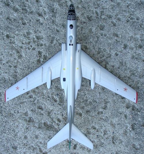 # zhopa044            Tupolev-16 bomber 5