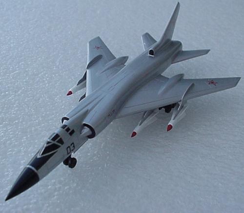 # zhopa098            Tu-128 bomber 2