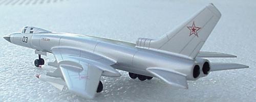# zhopa098            Tu-128 bomber 3