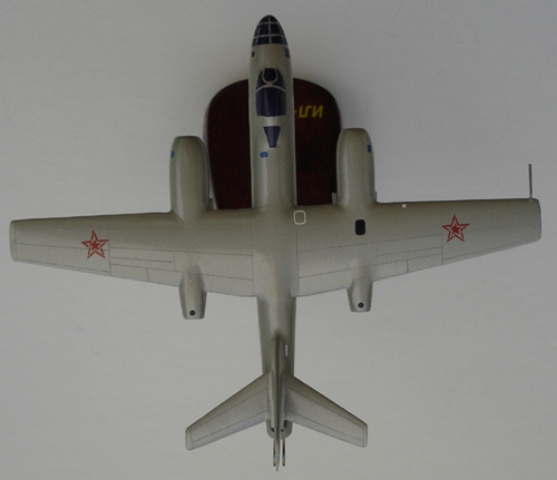 # zhopa057            Il-28 Beagle bomber 2