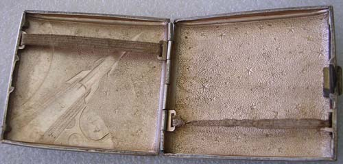 # un262            Vostok-1 old 1961 cigarette case 3