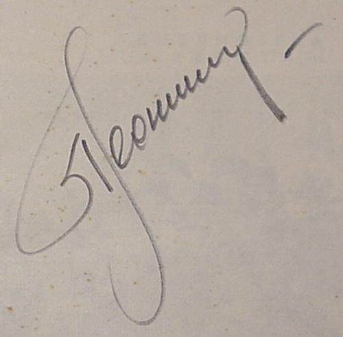# cb202            1965 book autographed by Alexei Leonov 2