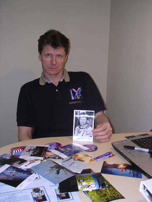 # gp601            Flown ISS photographs signed by Padalka,Finck 4