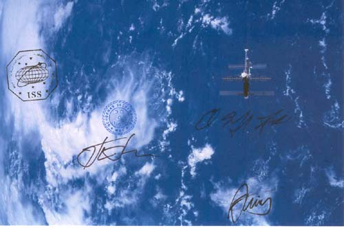 # gp901            Padalka-Kuipers-Fincke signed ISS flown photo 1