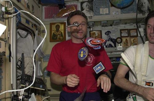 # ic090            Greeting to my family from the board of International Space Station sent by commander of Soyuz TMA-1/ISS/Soyuz TM-34 Sergei Zalyotin. 2