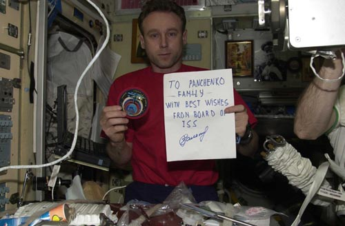 # ic090            Greeting to my family from the board of International Space Station sent by commander of Soyuz TMA-1/ISS/Soyuz TM-34 Sergei Zalyotin. 3