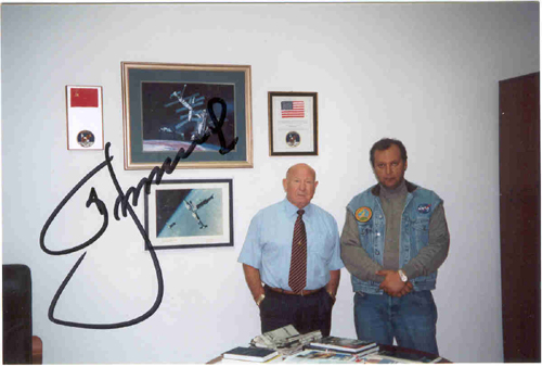 # ic099            Photos with Leonov in his office 2