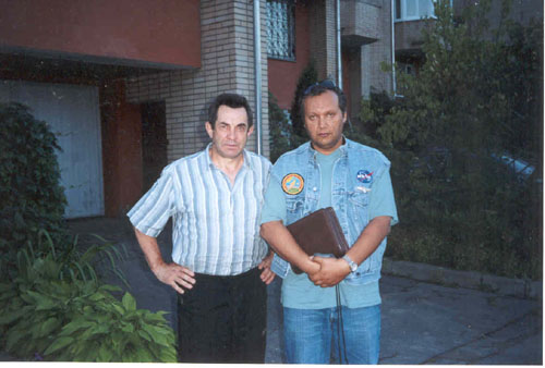 # ic440            Moscow, september 2001. With cosmonaut Alexander Ivanchenkov 1