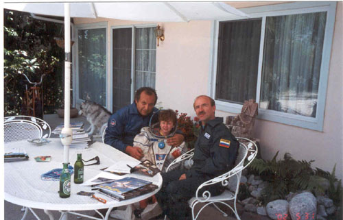 # ic760            Cosmonaut Alex Poleshuk in my house june 2002 1
