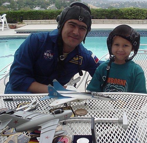 # ic084            Visit of cosmonaut Sharipov in June, 2003 1