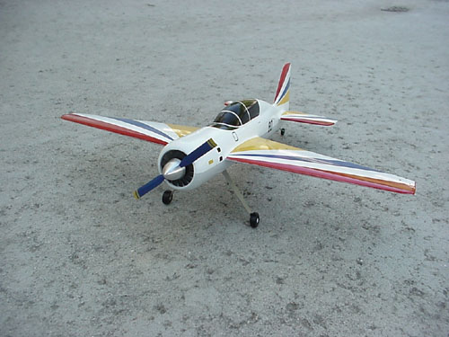 # yaksu140            YAK-54 tandem-seat aerobatic trainer model. 2