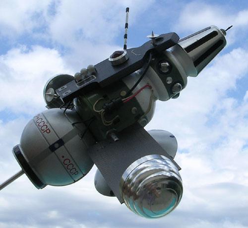 # sm215            Zond-3 Lunar fly-by mission ship model 5