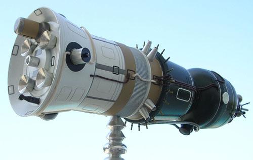 # sm199            LOK-Moon orbital manned ship 3