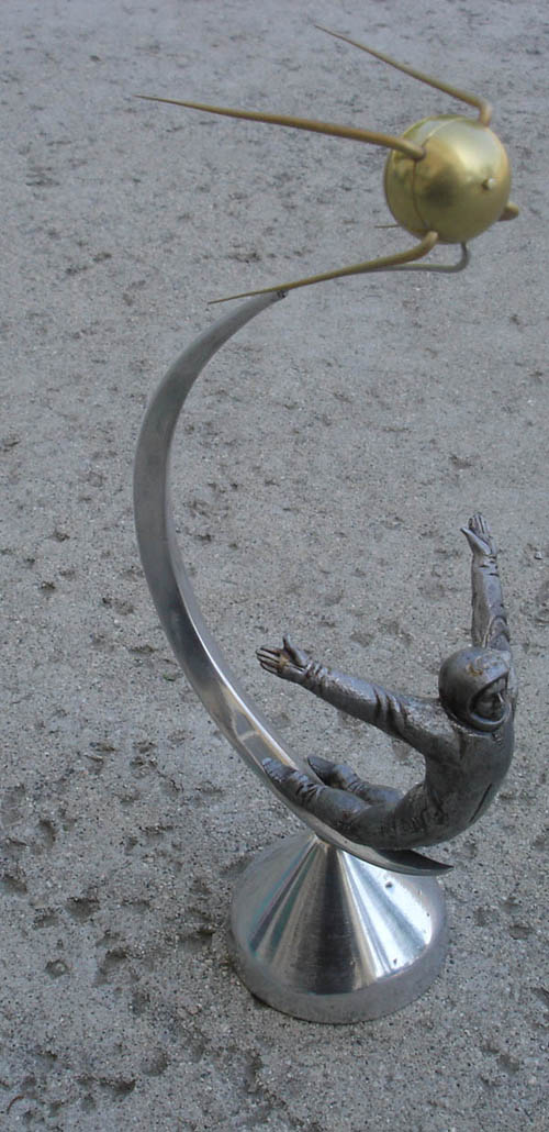# sm118b            Sputnik-Cosmonaut metal desktop sculpture-model 1