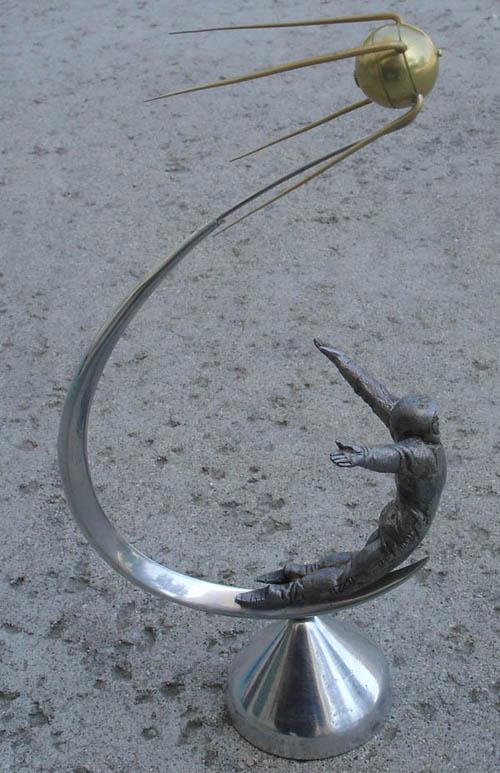 # sm118b            Sputnik-Cosmonaut metal desktop sculpture-model 5