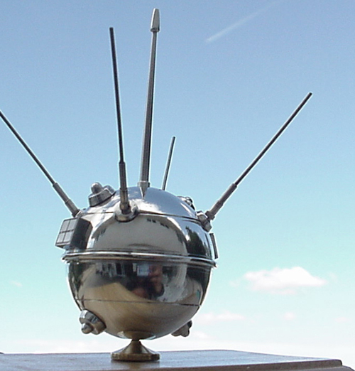 # sm174            Luna-1 First successful Moon shot 1959 1