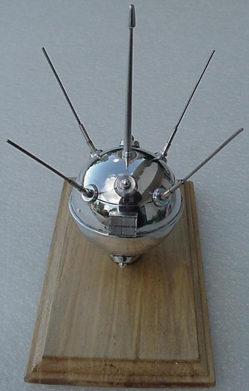 # sm174            Luna-1 First successful Moon shot 1959 2