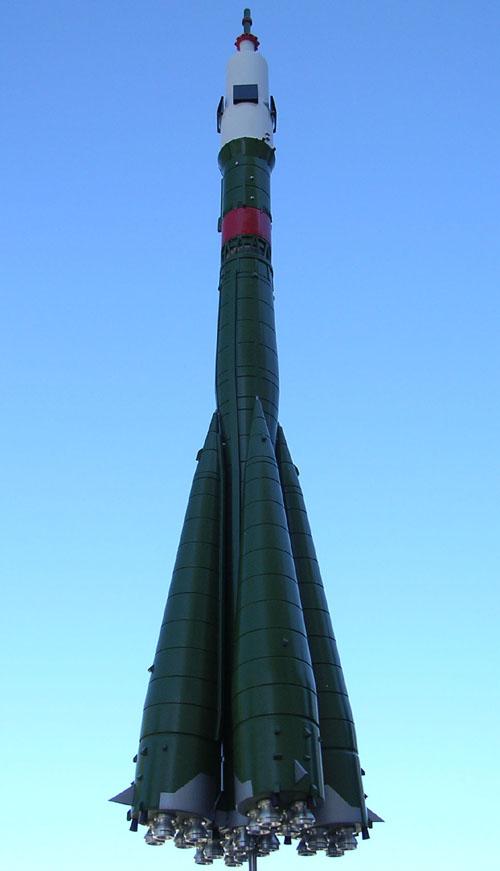 # sm011b            Soyuz TMA launch rocket signed by Yuri Malenchenko 2