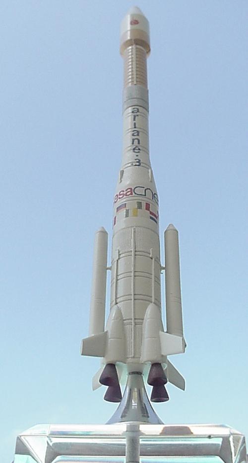 # sm603            Ariane-3 4