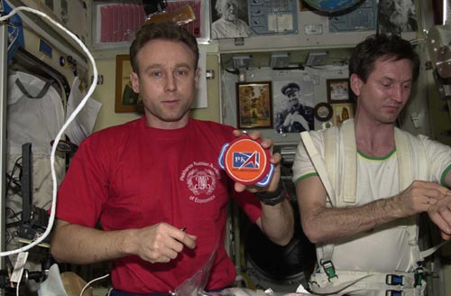 # fp102           Soyuz TMA-1/TM-34-ISS flown RKA patch 2
