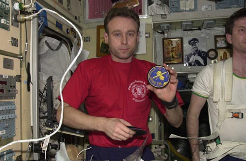 # fp105            Soyuz TMA-1/TM-34-ISS flown Soyuz TM patch 2