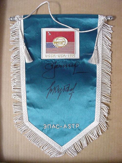 # astp134            Soyuz-Apollo pennants autographed by Leonov-Kubasov 2