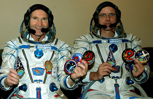 # spp093            Autographed Personal patches of ISS-12 crew 2
