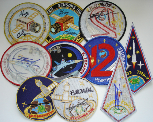 # spp092            Soyuz TMA-7, ISS-12 patches 2