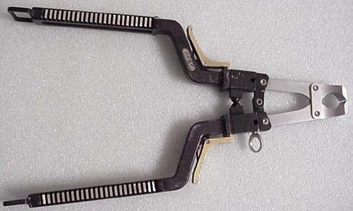 # h123            MIR station on board wire-cutter-pliers 1