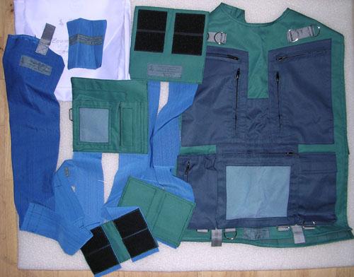 # h051c            ISS-3 Montage Kit of cosmonaut Dezhurov 1