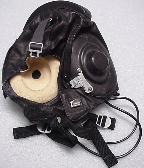 # h064            Cosmonaut Zalyotin flown airforce helmet 1
