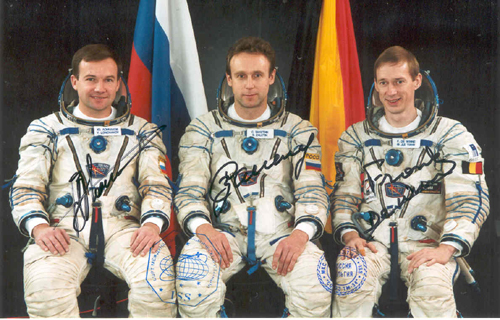 # fpit111            Soyuz TMA-1-ISS-TM-34 crew flown photo 1