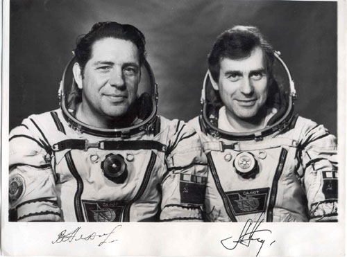 # cspc172            Soyuz T-9 team 3 signed/inscibed photos 2