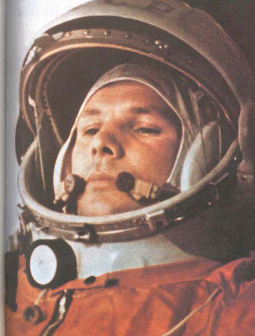 # cb180            G.Titov book autographed by 7 cosmonauts 3