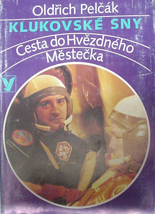 # cwa137            Czechoslovakian back up cosmonaut O.Pelczak book 1