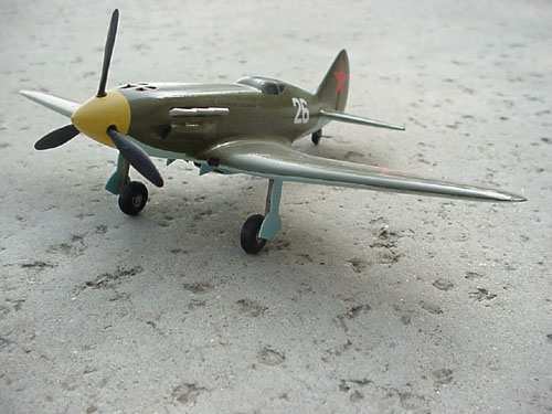 # mp100            MIG-3 WWII Fighter model 2