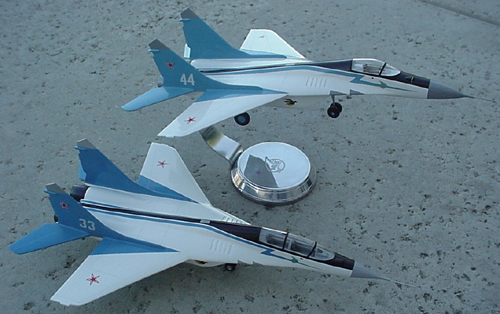 # mp121            Mikoyan Mig-29 `Strizhy` (Swifts) Aerobatic team 2